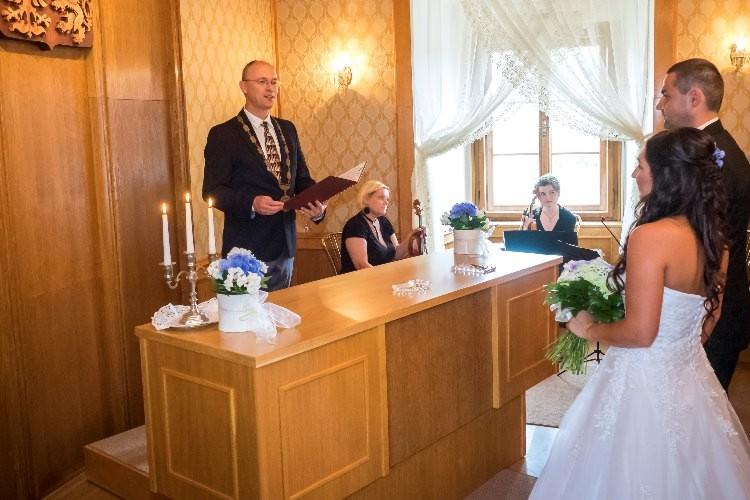 Svatební obřad na Hotelu Zámek Velká Bystřice