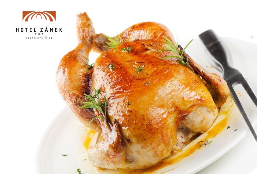 Pečené kuře s nádivkou | slavnostní menu Hotel Zámek Velká Bystřice